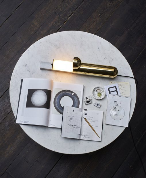 円筒形ランプ ISP TABLE LAMP